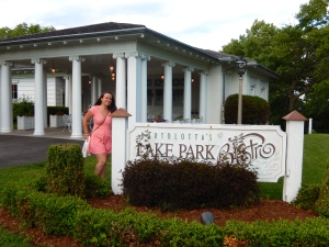Ali in front of Lake Park Bistro