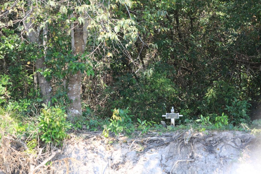 Alex's gravesite on the riverbank